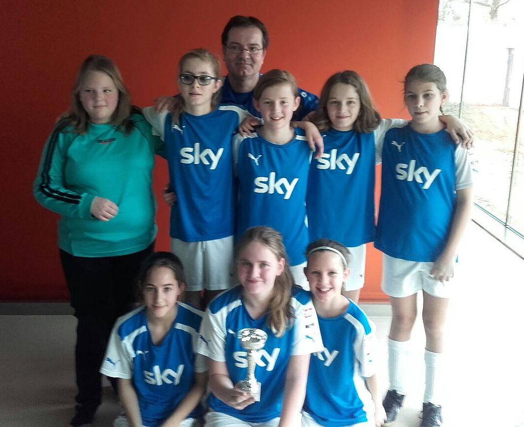 U12-Juniorinnen-Hallencup